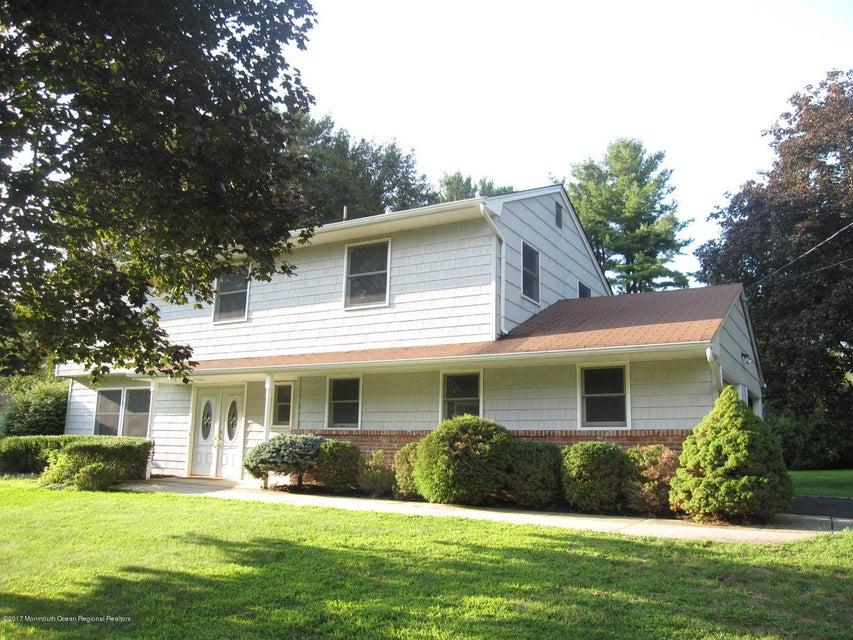 独户住宅 为 出租 在 105 Augusta Drive 105 Augusta Drive 林克罗夫特, 新泽西州 07738 美国