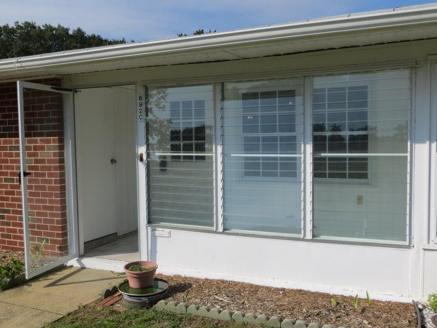 Casa Unifamiliar por un Alquiler en 892c Inverness Court Lakewood, Nueva Jersey 08701 Estados Unidos