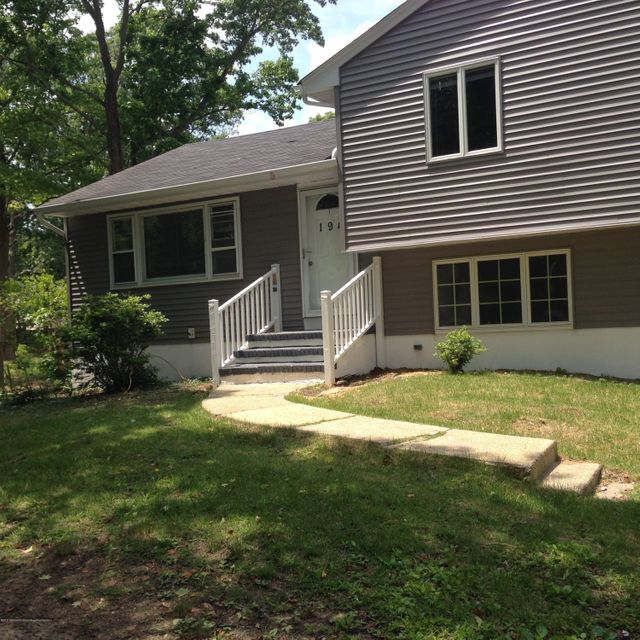 Single Family Home for Rent at 194 Whalepond Road Eatontown, New Jersey 07724 United States