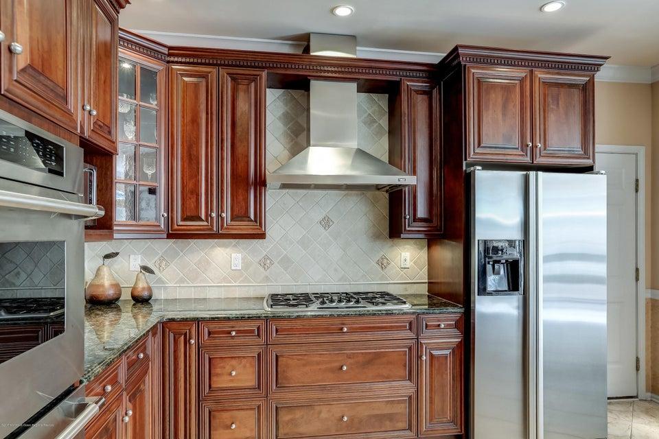033_Kitchen