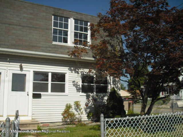 Single Family Home for Rent at 1303 Union Avenue 1303 Union Avenue Union Beach, New Jersey 07735 United States