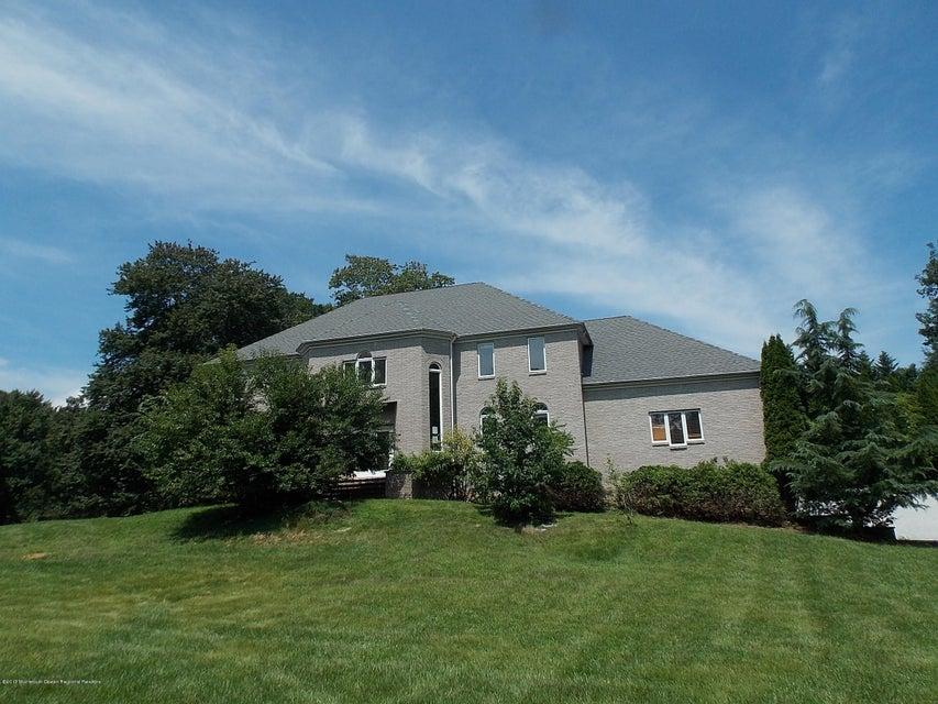 独户住宅 为 销售 在 3 Debele Lane 3 Debele Lane 林克罗夫特, 新泽西州 07738 美国