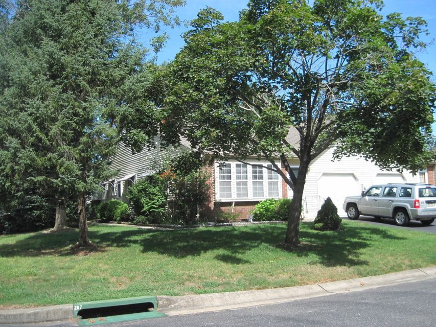 Additional photo for property listing at 9 Norwich Drive 9 Norwich Drive Whiting, New Jersey 08759 Vereinigte Staaten