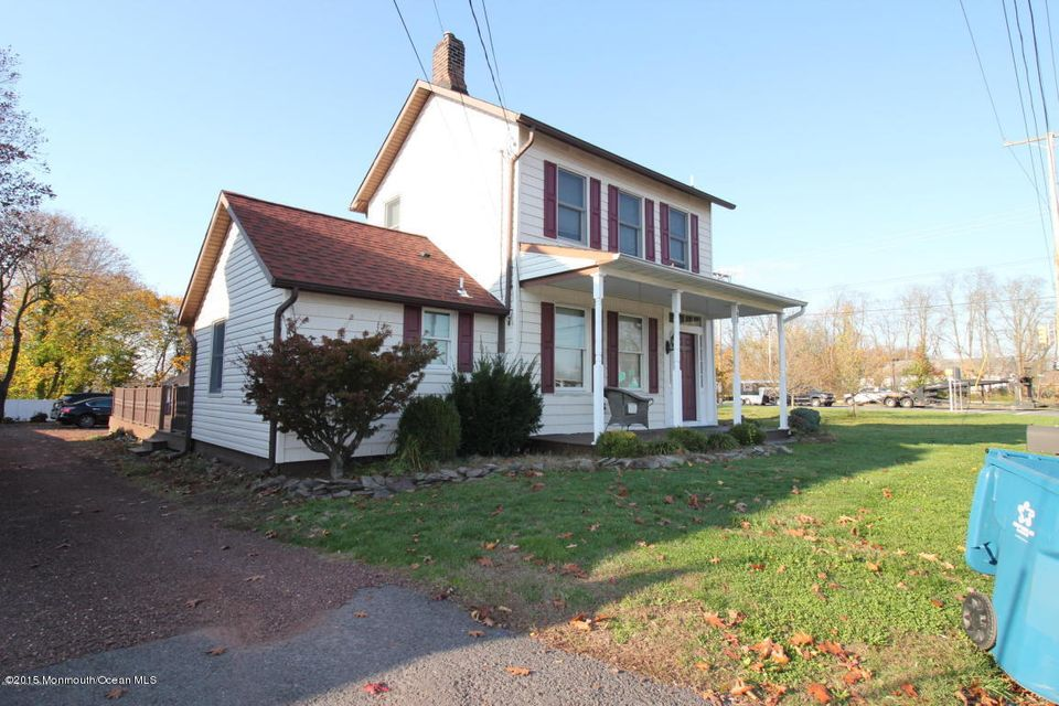 Additional photo for property listing at 1 Howell Road 1 Howell Road Freehold, New Jersey 07728 Stati Uniti