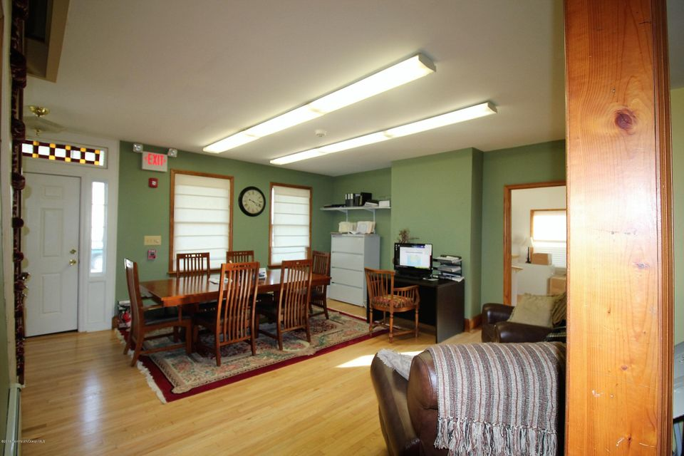Additional photo for property listing at 1 Howell Road 1 Howell Road Freehold, ニュージャージー 07728 アメリカ合衆国
