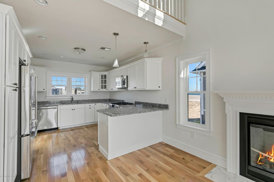 Additional photo for property listing at 117 Lyndhurst Drive 117 Lyndhurst Drive Mantoloking, New Jersey 08738 Amerika Birleşik Devletleri