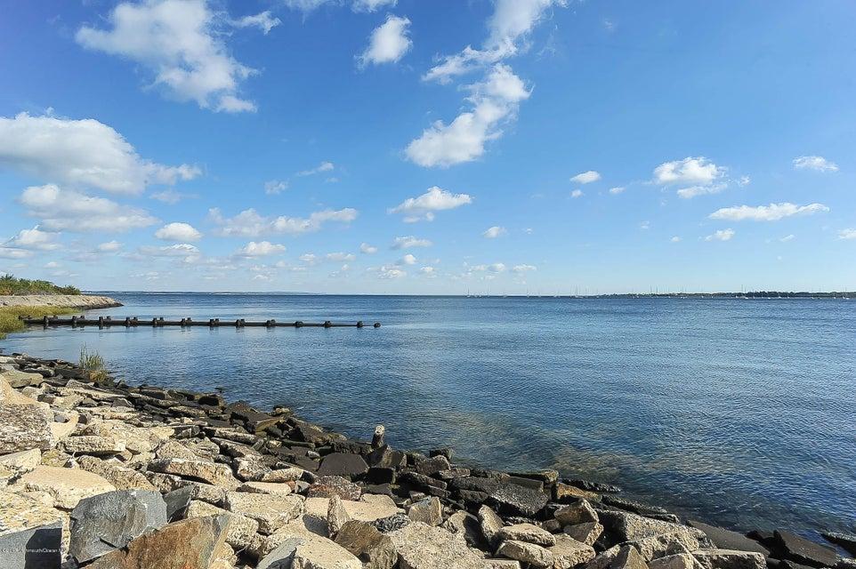 029_Cliffwood Shore