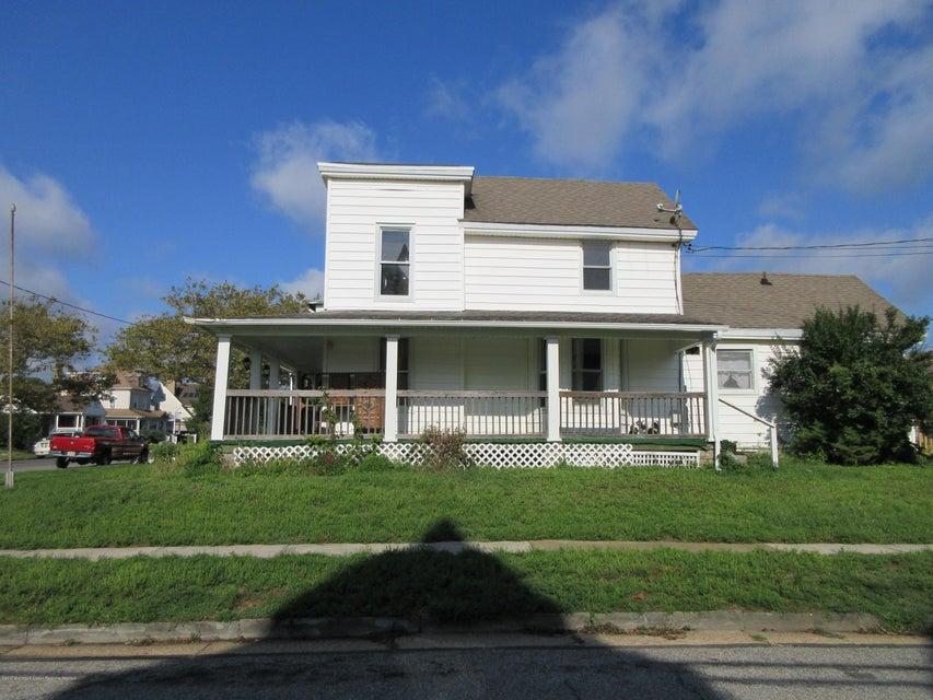 独户住宅 为 出租 在 200 8th Avenue 贝尔玛, 新泽西州 07719 美国