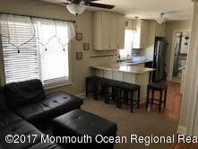 Casa Unifamiliar por un Alquiler en 22 Lafayette Avenue 22 Lafayette Avenue Seaside Park, Nueva Jersey 08752 Estados Unidos