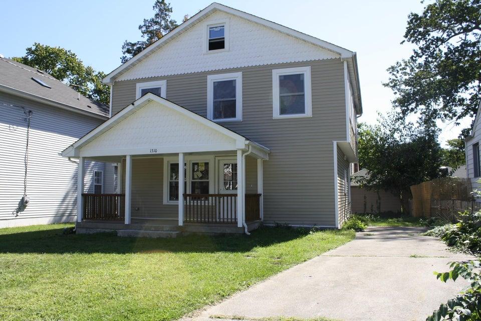 단독 가정 주택 용 매매 에 1310 Laurel Avenue 1310 Laurel Avenue Ocean Township, 뉴저지 07712 미국