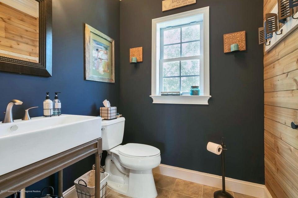 2nd Floor - Half Bathroom