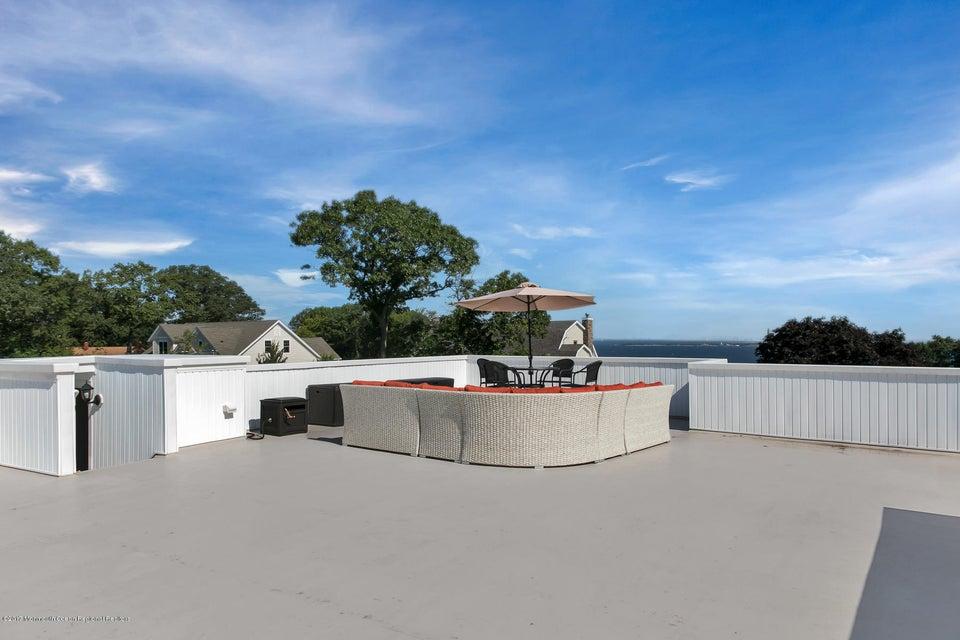 Roof-top Retreat