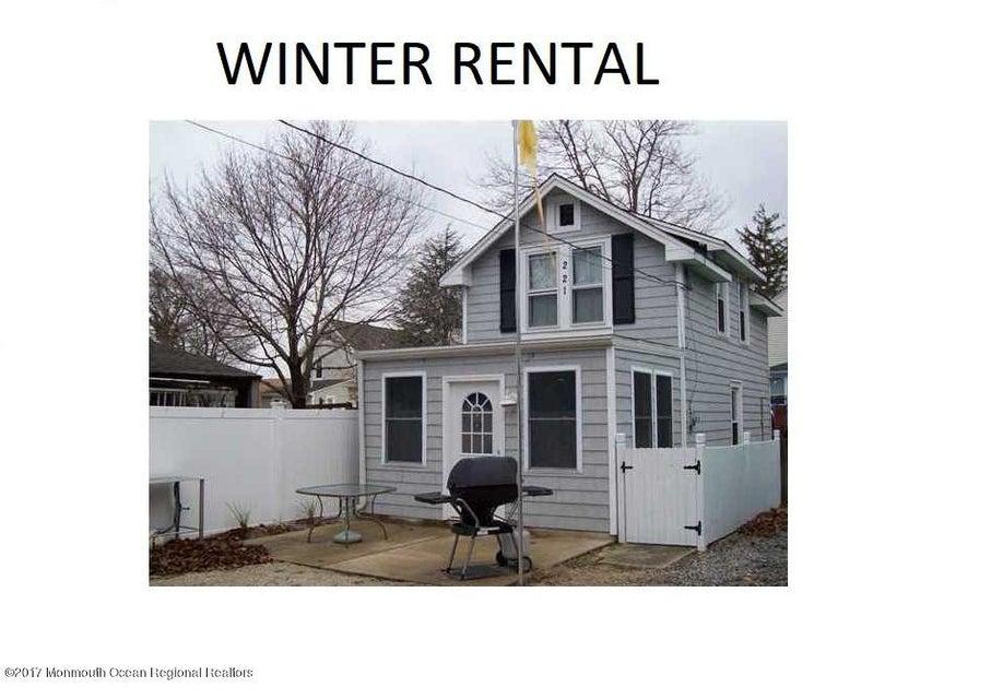 独户住宅 为 出租 在 221 Bayview Avenue Ocean Gate, 新泽西州 08740 美国