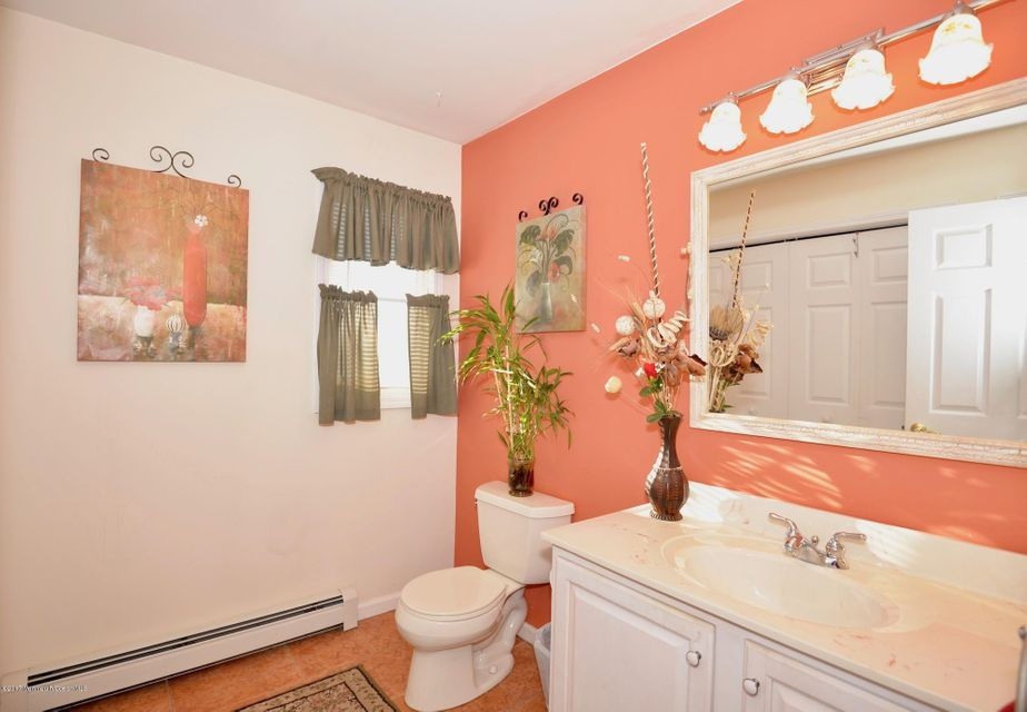 Additional photo for property listing at 1077 Laurel Boulevard 1077 Laurel Boulevard Lanoka Harbor, New Jersey 08734 United States