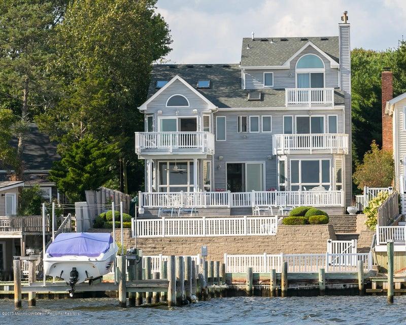 Single Family Home for Sale at 547 Princeton Avenue 547 Princeton Avenue Brick, New Jersey 08724 United States