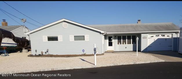 Maison unifamiliale pour l à louer à 27 Long John Silver Way 27 Long John Silver Way Waretown, New Jersey 08758 États-Unis
