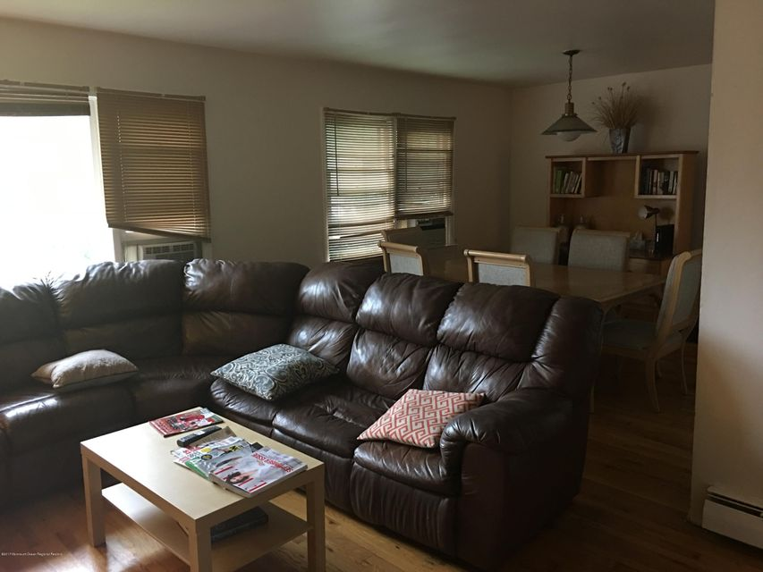 Additional photo for property listing at 13 Calvert Avenue 13 Calvert Avenue Long Branch, Nueva Jersey 07740 Estados Unidos
