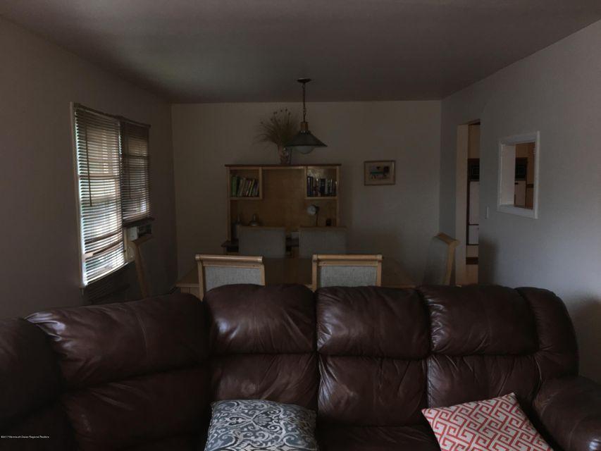 Additional photo for property listing at 13 Calvert Avenue 13 Calvert Avenue Long Branch, New Jersey 07740 Hoa Kỳ