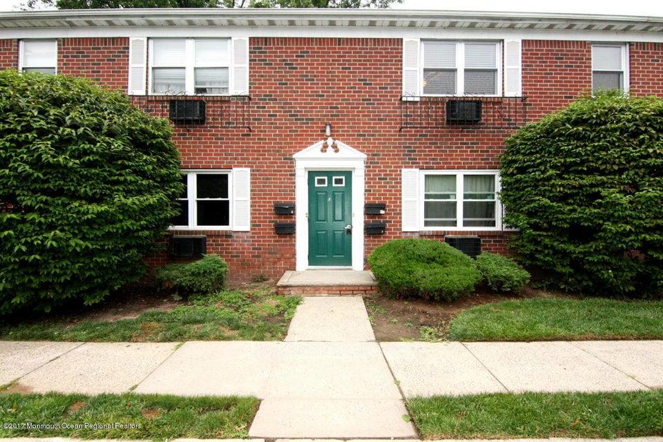 Maison unifamiliale pour l Vente à 289 Main Street Spotswood, New Jersey 08884 États-Unis