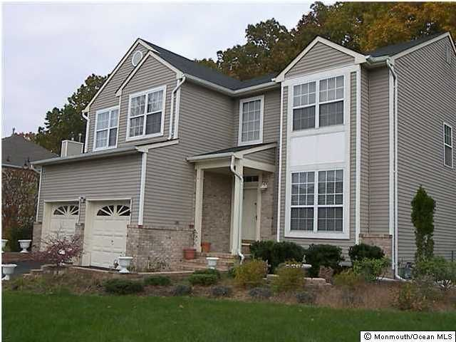 Single Family Home for Rent at 15 Mulberry Lane 15 Mulberry Lane Holmdel, New Jersey 07733 United States