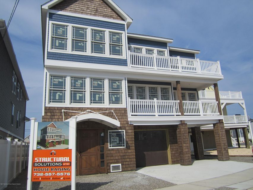 Single Family Home for Sale at 424 Bayside Terrace 424 Bayside Terrace Seaside Heights, New Jersey 08751 United States