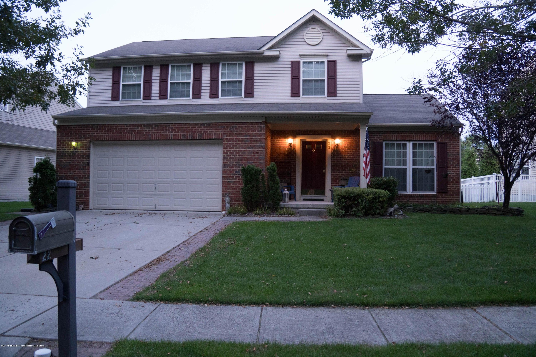 Maison unifamiliale pour l Vente à 22 Firestone Drive 22 Firestone Drive Howell, New Jersey 07731 États-Unis