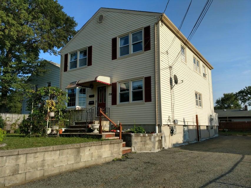 Maison avec plusieurs logements pour l Vente à 154 Highland Boulevard 154 Highland Boulevard Keansburg, New Jersey 07734 États-Unis