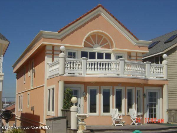Casa para uma família para Locação às 305 Beach Front 305 Beach Front Manasquan, Nova Jersey 08736 Estados Unidos