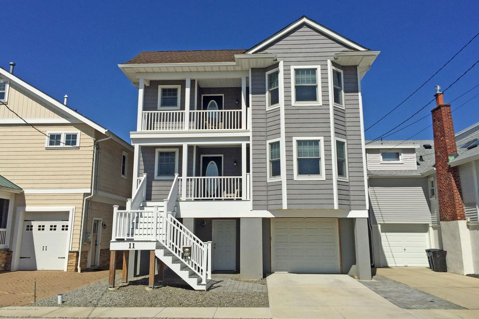 Single Family Home for Rent at 11 Pershing Avenue Manasquan, New Jersey 08736 United States