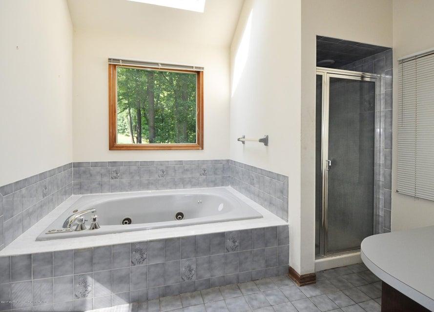 029_First Floor Master Bathroom