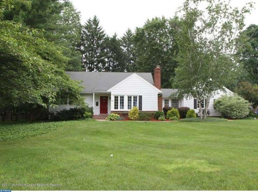 独户住宅 为 销售 在 110 Springcrest Drive Hightstown, 新泽西州 08520 美国
