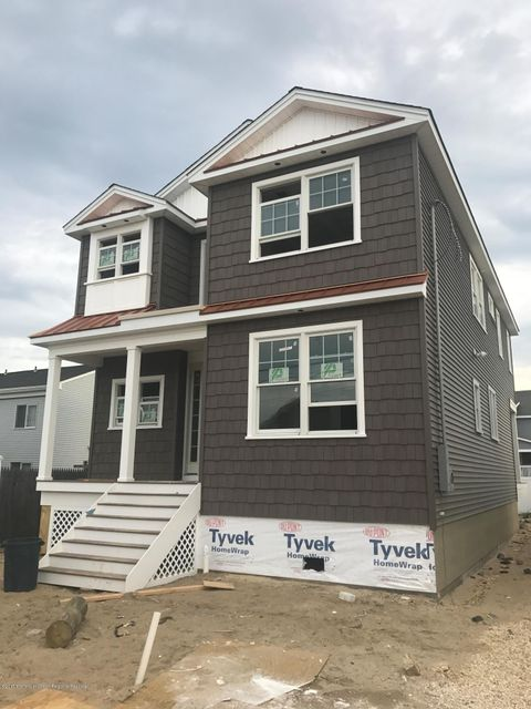 House for Sale at 102 Haddonfield Avenue 102 Haddonfield Avenue Lavallette, New Jersey 08735 United States