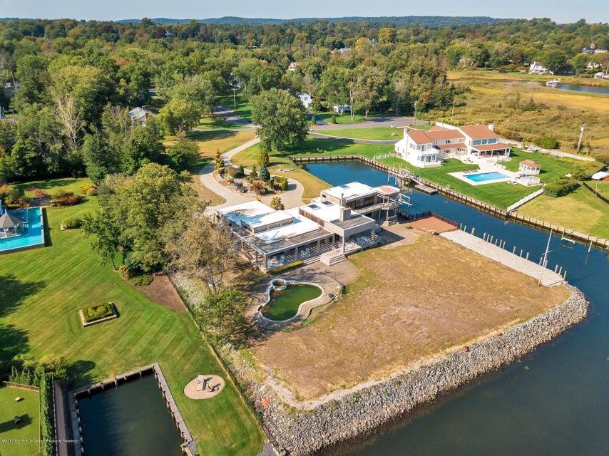 Nhà ở một gia đình vì Bán tại 12 Broadmoor Drive 12 Broadmoor Drive Rumson, New Jersey 07760 Hoa Kỳ
