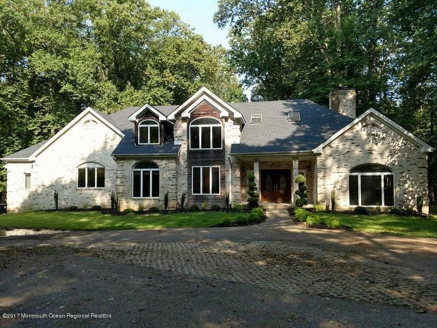 Villa per Vendita alle ore 4 Orchard Hills Road 4 Orchard Hills Road Marlboro, New Jersey 07746 Stati Uniti