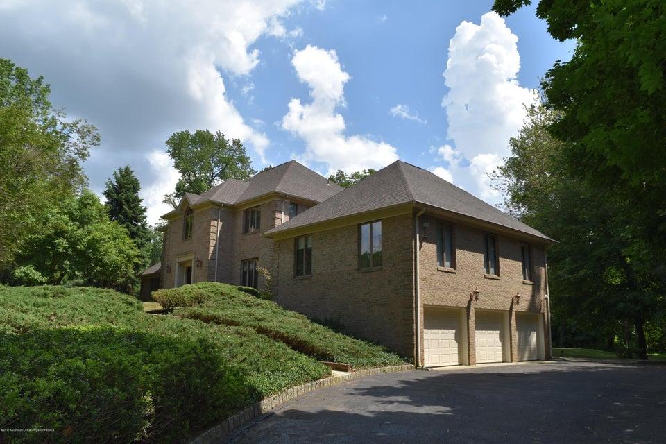 獨棟家庭住宅 為 出售 在 18 Perrine Circle 18 Perrine Circle Perrineville, 新澤西州 08535 美國