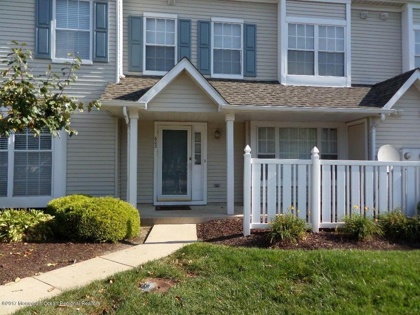 共管式独立产权公寓 为 出租 在 602 Oswego Court 602 Oswego Court Mount Laurel, 新泽西州 08054 美国