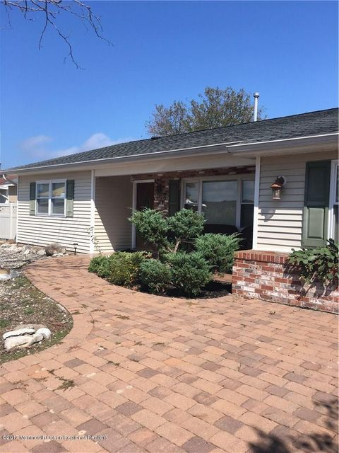 Single Family Home for Rent at 210 Edison Road Barnegat, New Jersey 08005 United States