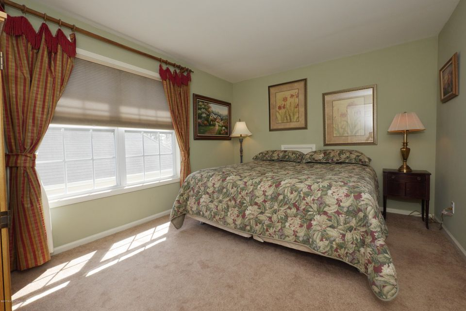 77 maypink second bed