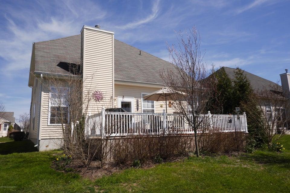 77 maypink backyard deck