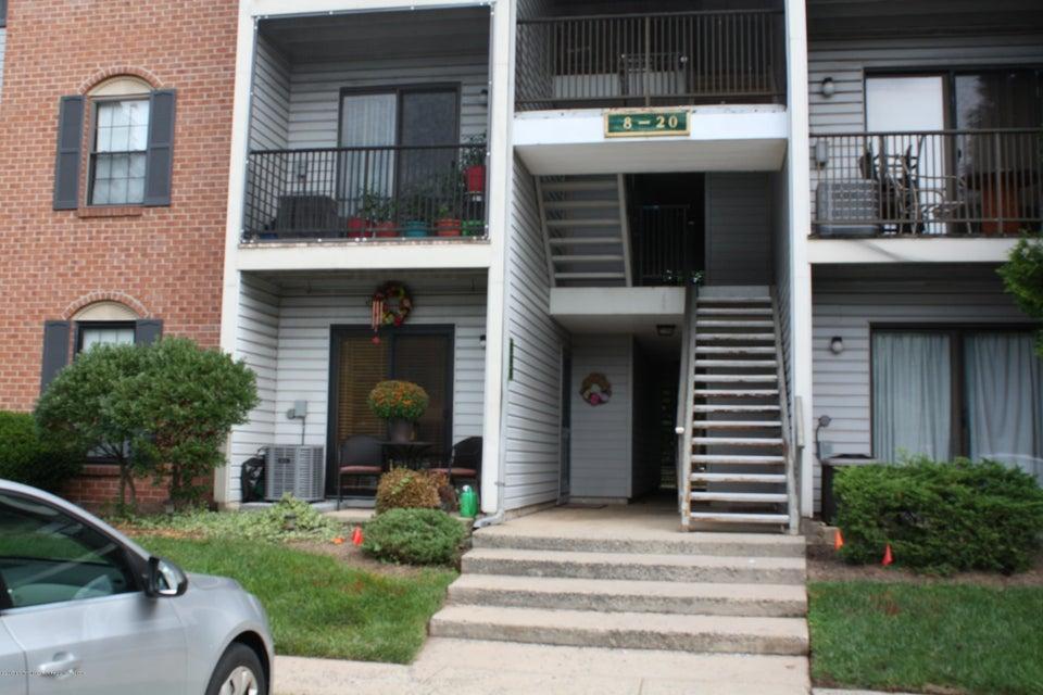 Casa Unifamiliar por un Venta en 8 Canterbury Court Piscataway, Nueva Jersey 08854 Estados Unidos