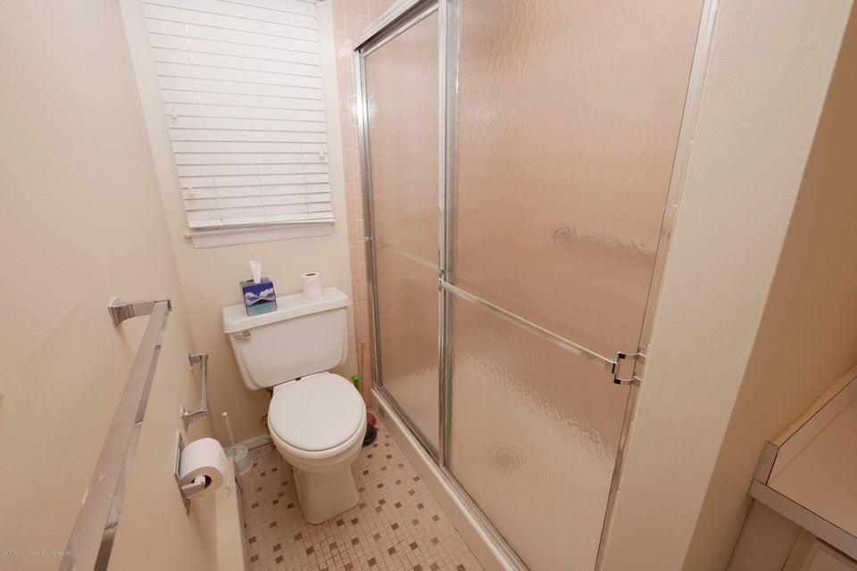 4b haven bathroom