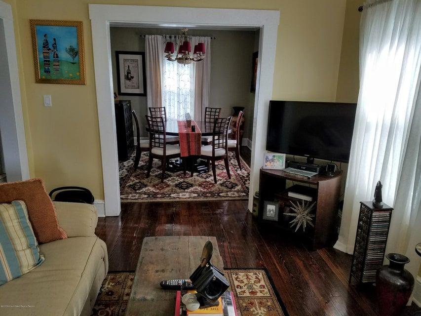 Casa Unifamiliar por un Alquiler en 1102 5th Avenue 1102 5th Avenue Asbury Park, Nueva Jersey 07712 Estados Unidos