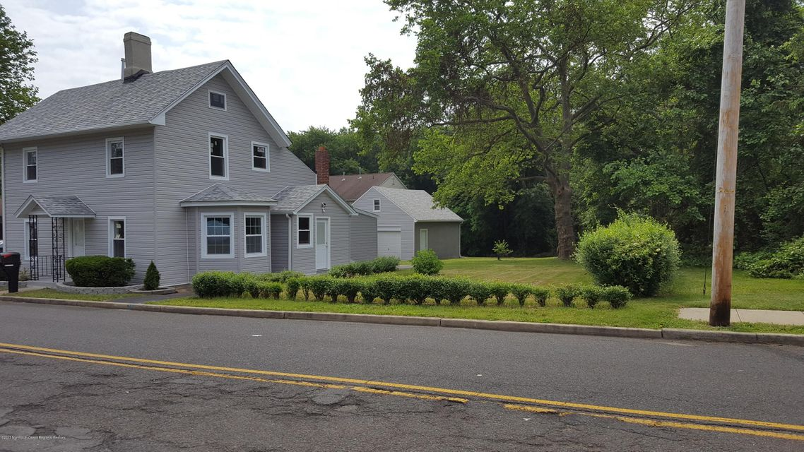 Single Family Home for Sale at 87 County Road 87 County Road Cliffwood, New Jersey 07721 United States