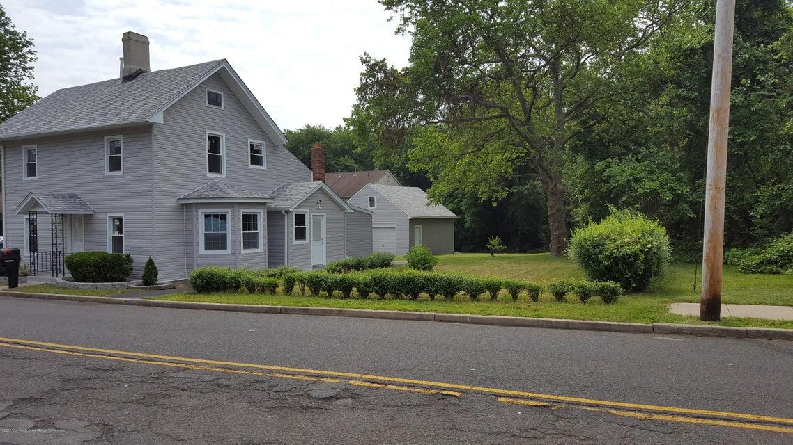 独户住宅 为 销售 在 87 County Road 87 County Road 克里夫伍德, 新泽西州 07721 美国