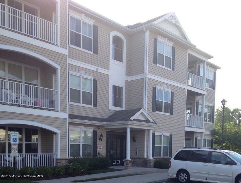 共管式独立产权公寓 为 出租 在 428 Sloan Court 428 Sloan Court Matawan, 新泽西州 07747 美国