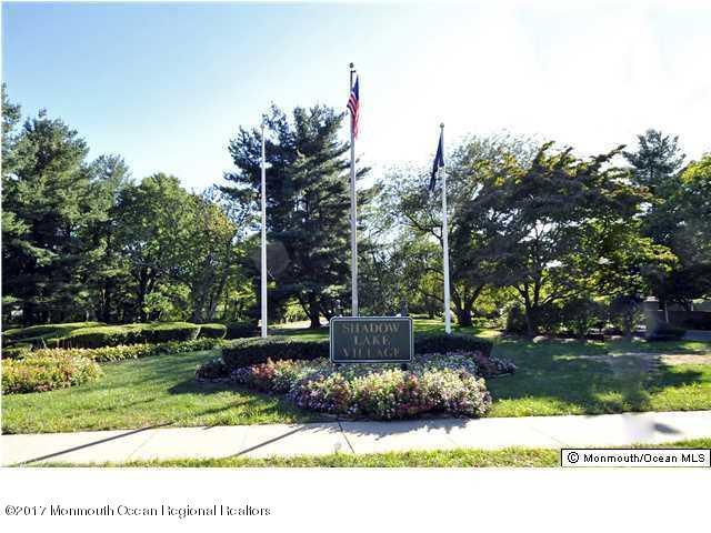 Maison unifamiliale pour l à louer à 10 Dickinson Court 10 Dickinson Court Red Bank, New Jersey 07701 États-Unis