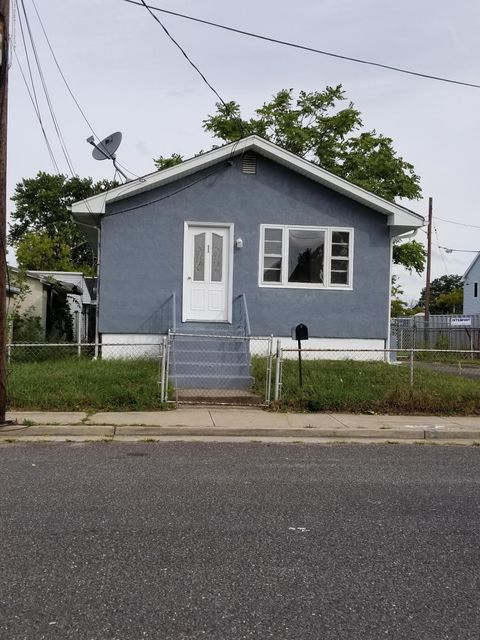 Single Family Home for Rent at 11 Garfield Avenue Keansburg, New Jersey 07734 United States