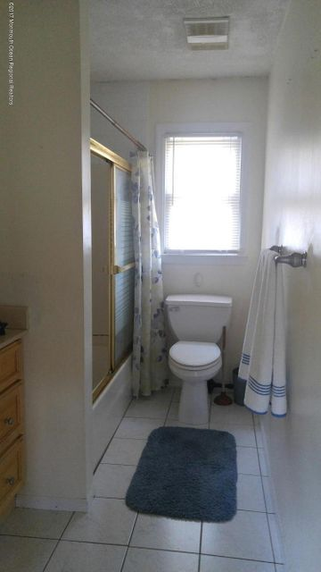 Additional photo for property listing at 1109 7th Avenue 1109 7th Avenue 曼彻斯特, 新泽西州 08759 美国