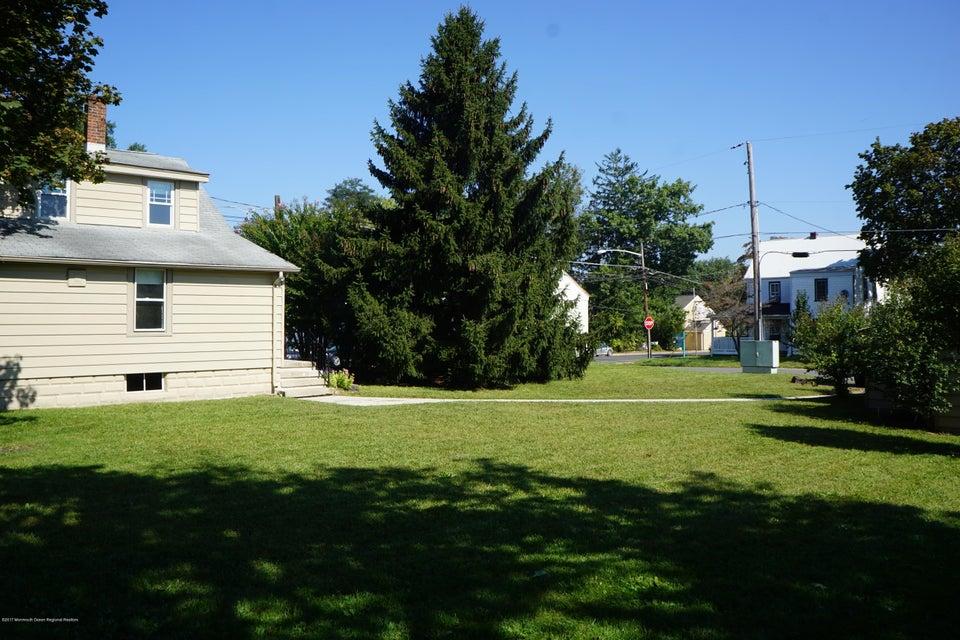 Maison unifamiliale pour l Vente à 14 Maple Avenue 14 Maple Avenue Plumsted, New Jersey 08533 États-Unis