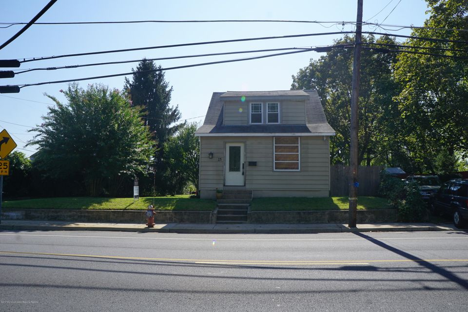 Maison unifamiliale pour l Vente à 14 Maple Avenue 14 Maple Avenue Plumsted, New Jersey 08533 États-Unis